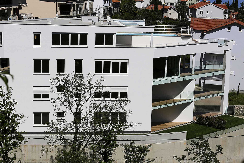 penthouse-building
