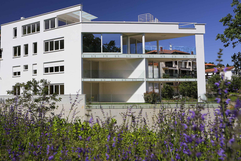 modern-apartment-near-the-sea-building-ičići-opatija