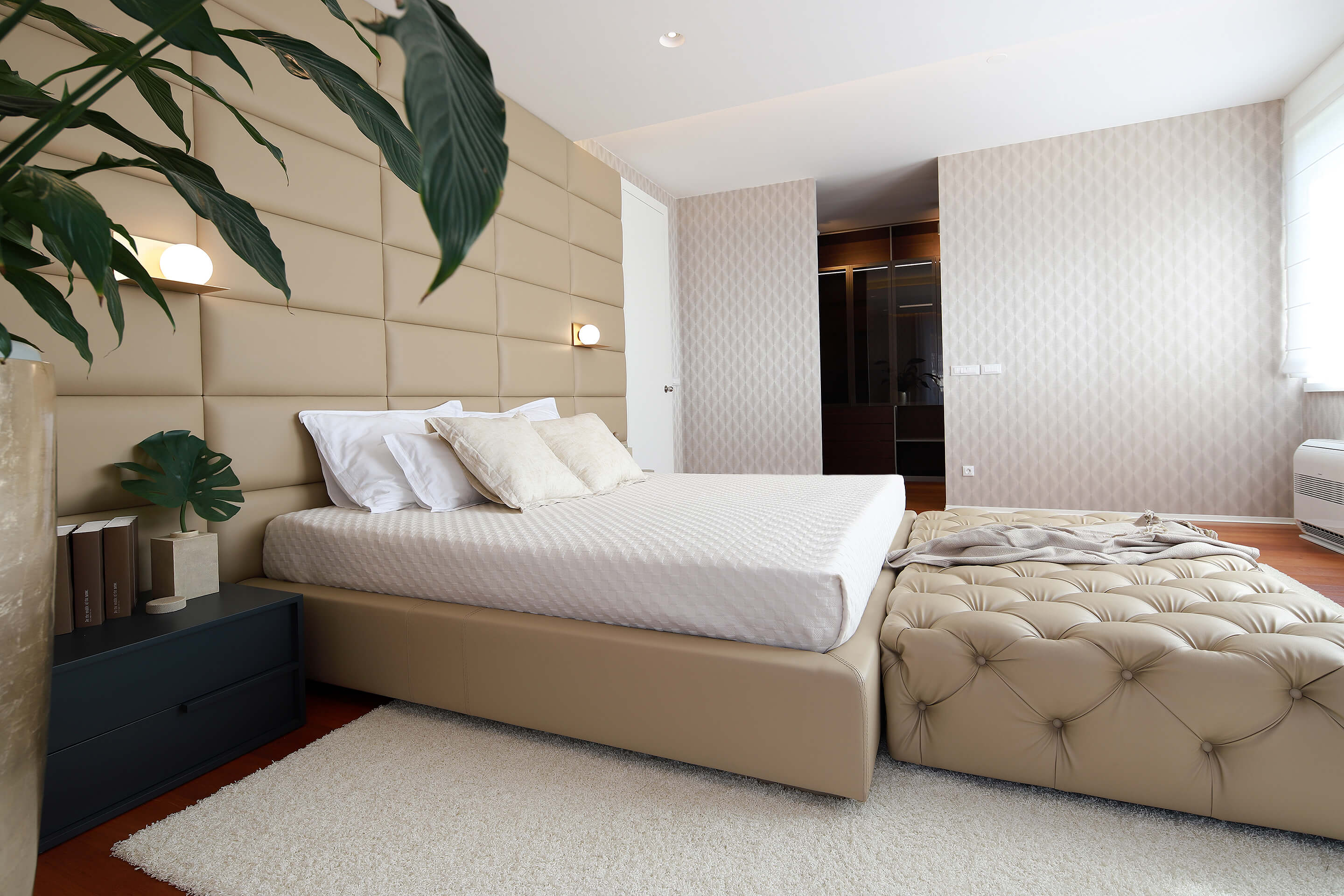 penthouse - master bedroom - spacious - modern