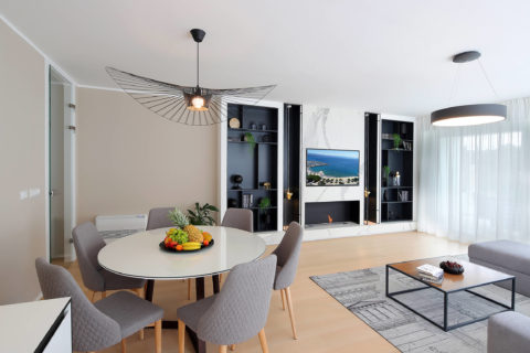 a1-designed-apartment-with-swimming-pool-near-the-beach-liv-room