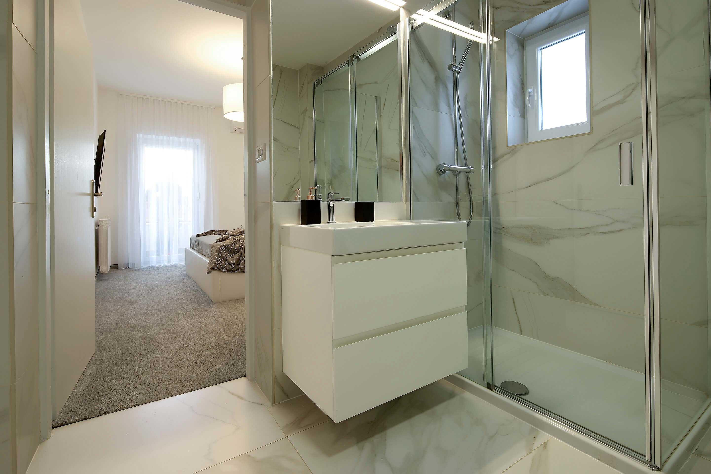 villa-garden-ground-floor-toilet-shower1