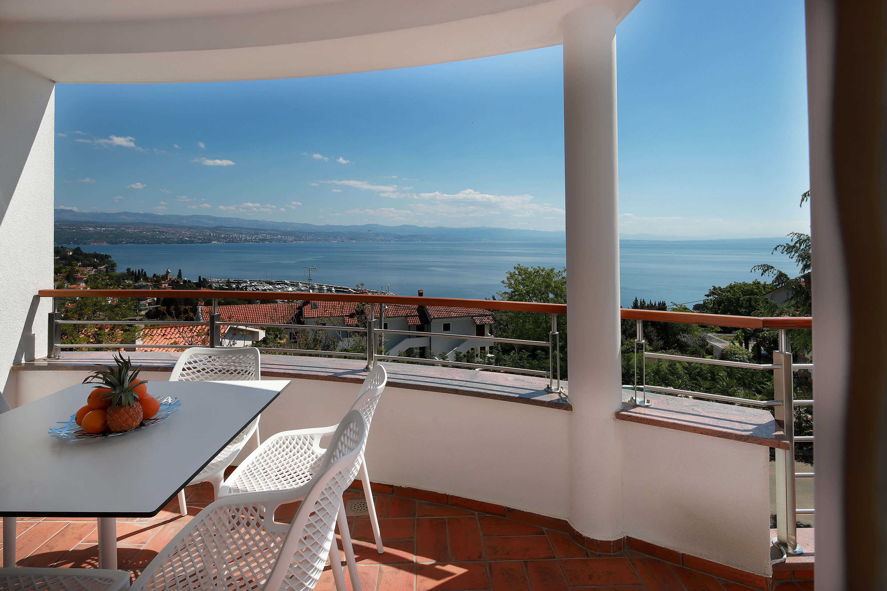 A4 balcony - siting area - sea view
