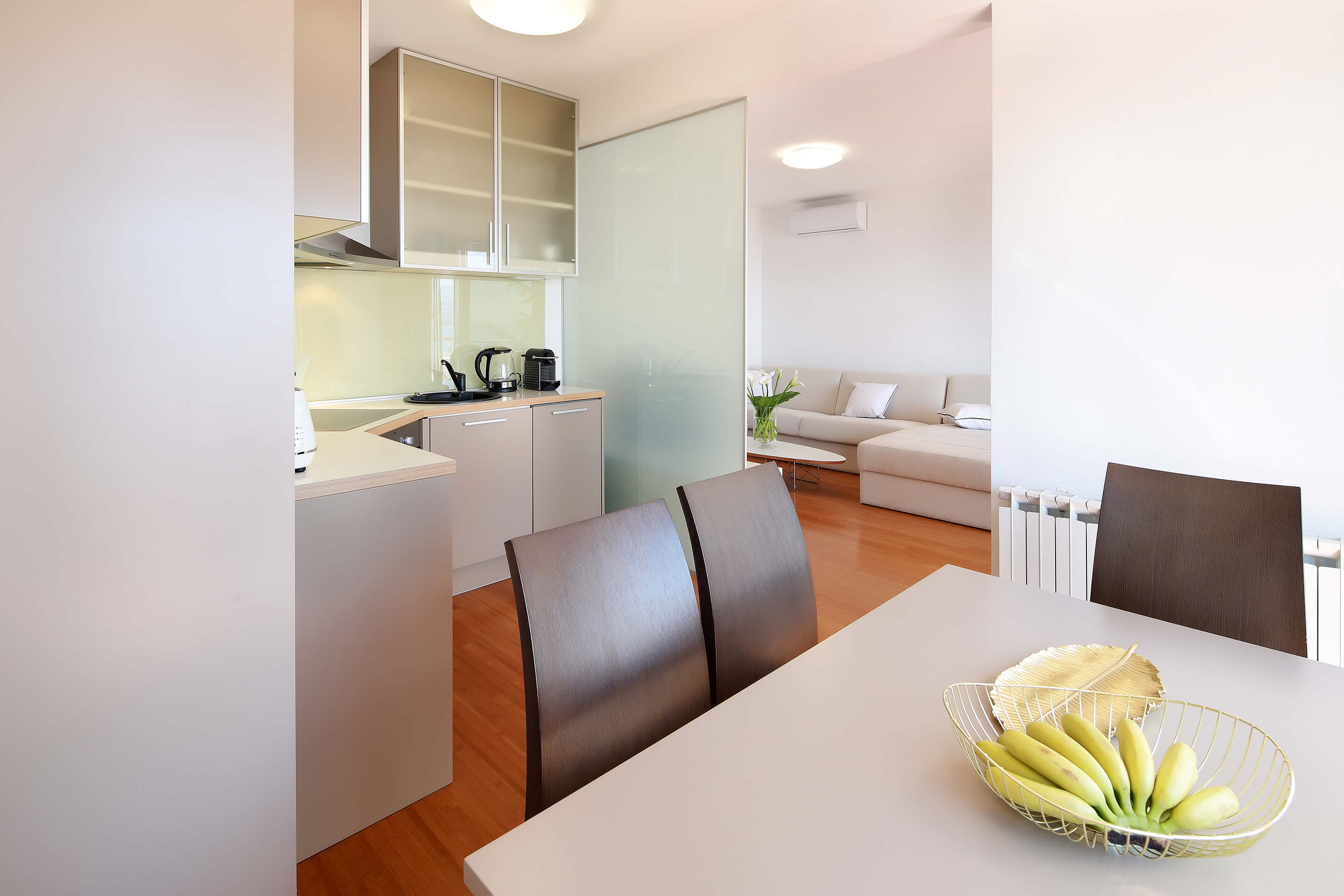 A4 kitchen - dining area - living room - decoration details