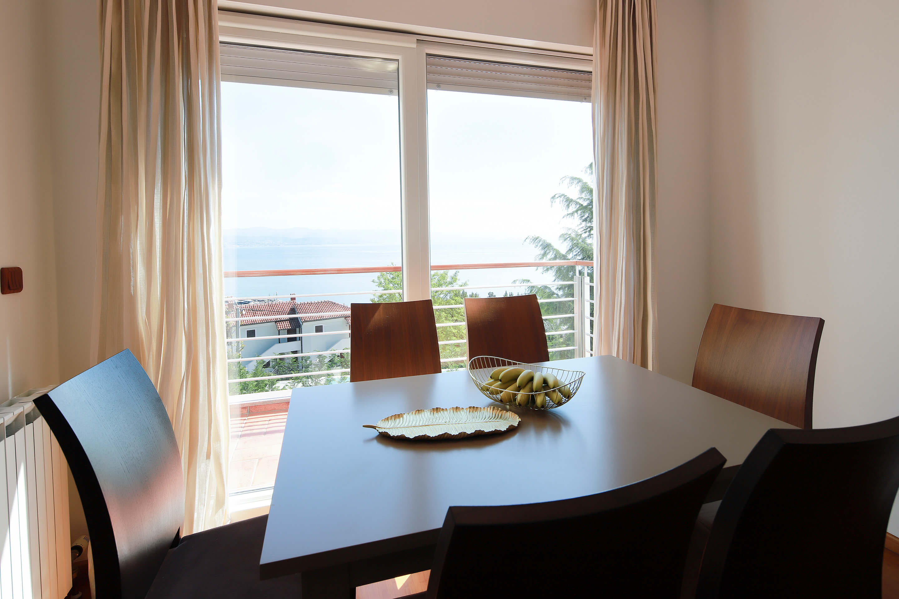 A4 dining area - balcony - sea view