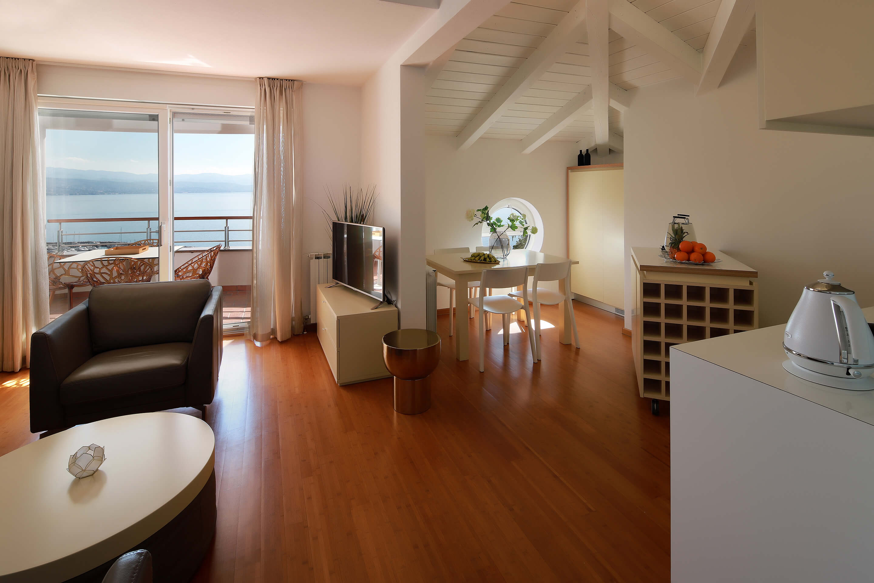 A5 - new luxury - living room - kitchen - dining area - balcony - sea view